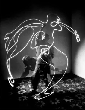Pablo Picasso - light painting